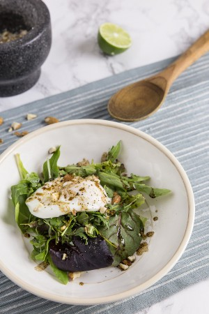 Easy Poached Egg Arugula Salad
