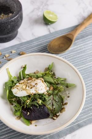 Easy Poached Egg Arugula Salad