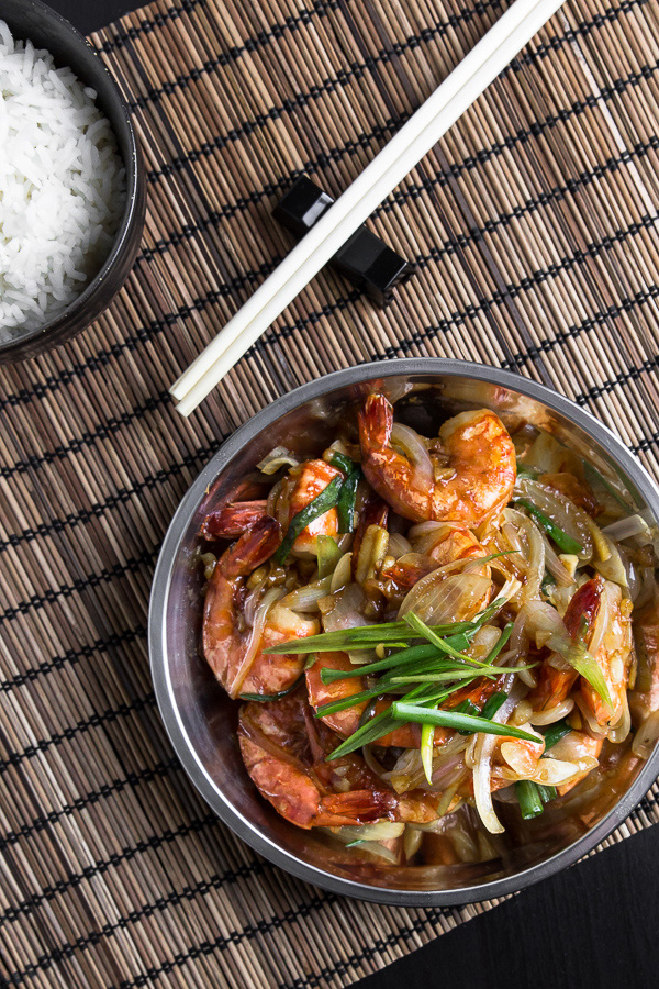 This delicious garlic prawns recipe is the one you'll make over and over. Sweet, crunchy prawns with saucy bold flavors, tastes just like lobster.